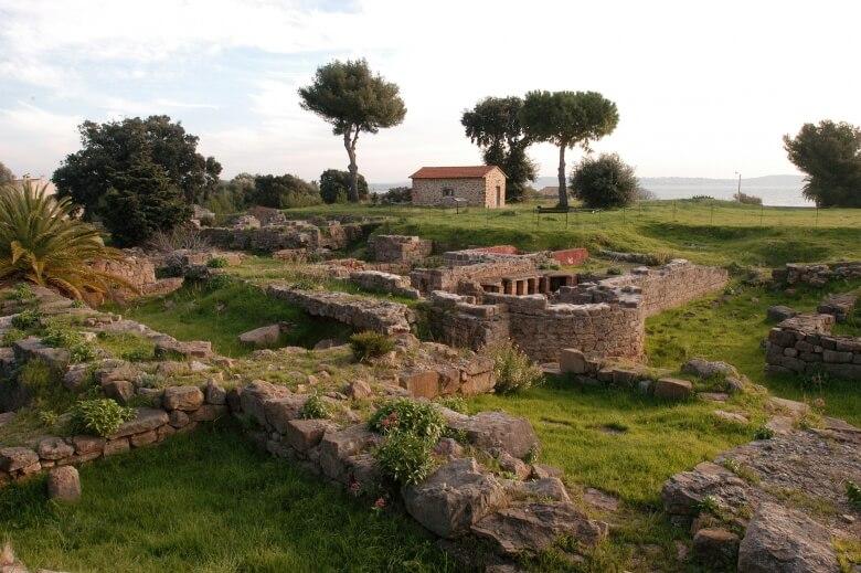visite-site-archeologique-olbia-1-780xauto_0_1