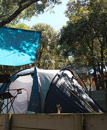 Camping Giens Camping pitches: TENTS