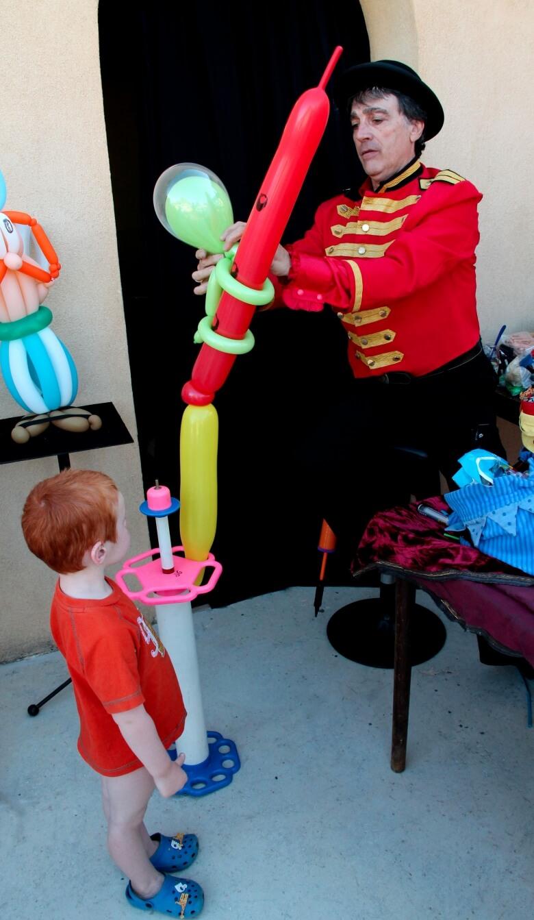 sculpture-de-ballons-780xauto_0_1